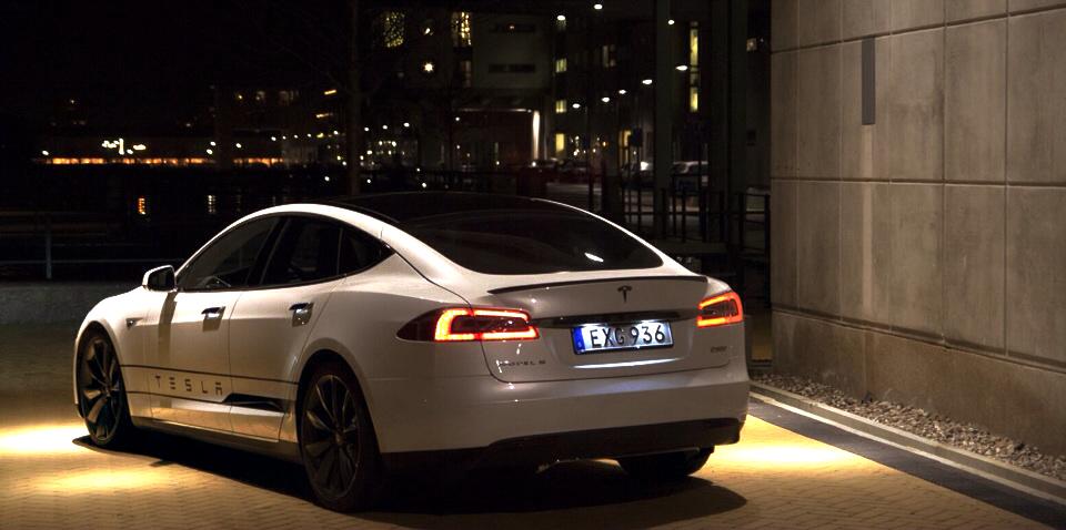 Tesla p90d 1
